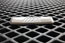 Металлический шильдик BMW M